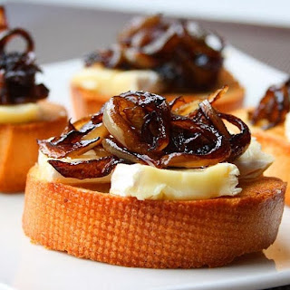 Crostini with Camembert, Caramelized Onions and Fig Jam.