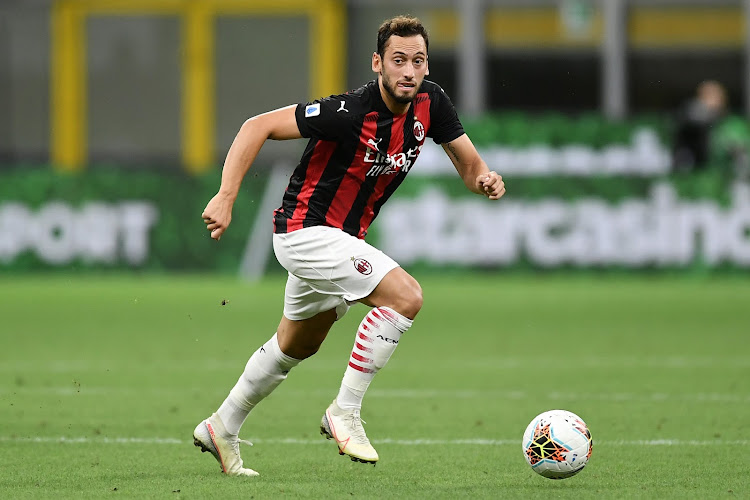 Hakan Calhanoglu évoque Zlatan Ibrahimovic et les ambitions de l'AC Milan