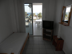 Photo: Δωμάτιο στο διαμέρισμα 28-Room in apartment No 28