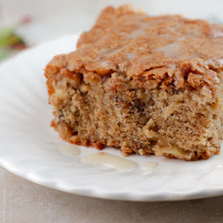Apple Cinnamon Walnut Cake Recipes.