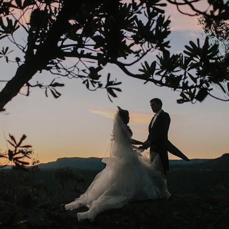 Wedding photographer Robert Meredith (robertmeredith). Photo of 08.12.2014