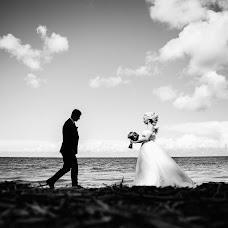 Wedding photographer Dmitriy Gulyaev (VolshebnikPhoto). Photo of 20.08.2017