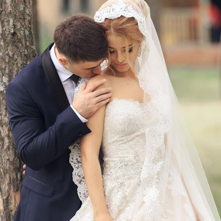 Wedding photographer Petr Batrakov (batrakovphoto). Photo of 07.08.2017