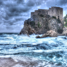Waves in port by Miho Kulušić - Landscapes Waterscapes ( waves, fortress, seascape, storm, waterscape, hdr, fort )