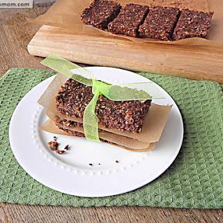 No Bake Cocoa Quinoa Sesame Bars [Gluten, Nut, Dairy & Refined Sugar Free] Recipe