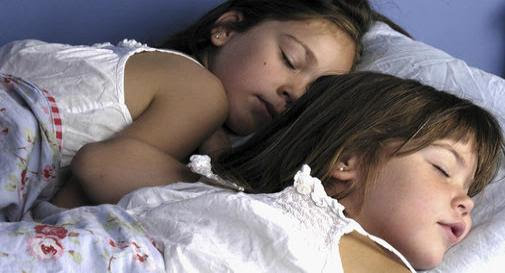 Bed-wetting: Sleep tips for tired families
