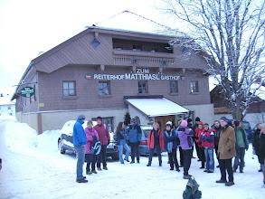 Photo: Reisegruppe vor unserem Gasthof