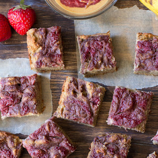 Strawberry Banana Bread Breakfast Bars {Grain Free & Paleo}