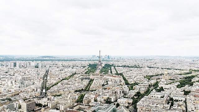 フランス旅行クレジットカード支払いと現金の差