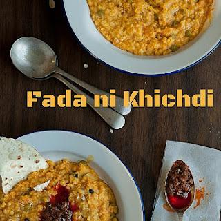 Fada Ni Khichdi {Spicy Broken Wheat & Mung Dal Khichdi}