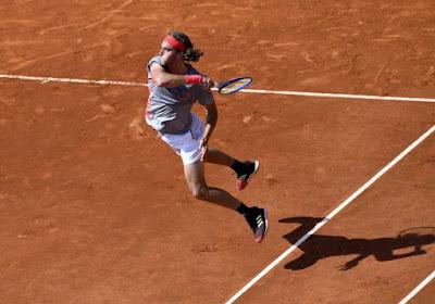 Stéfanos Tsitsipás haalde het in drie sets van Andrey Rublev