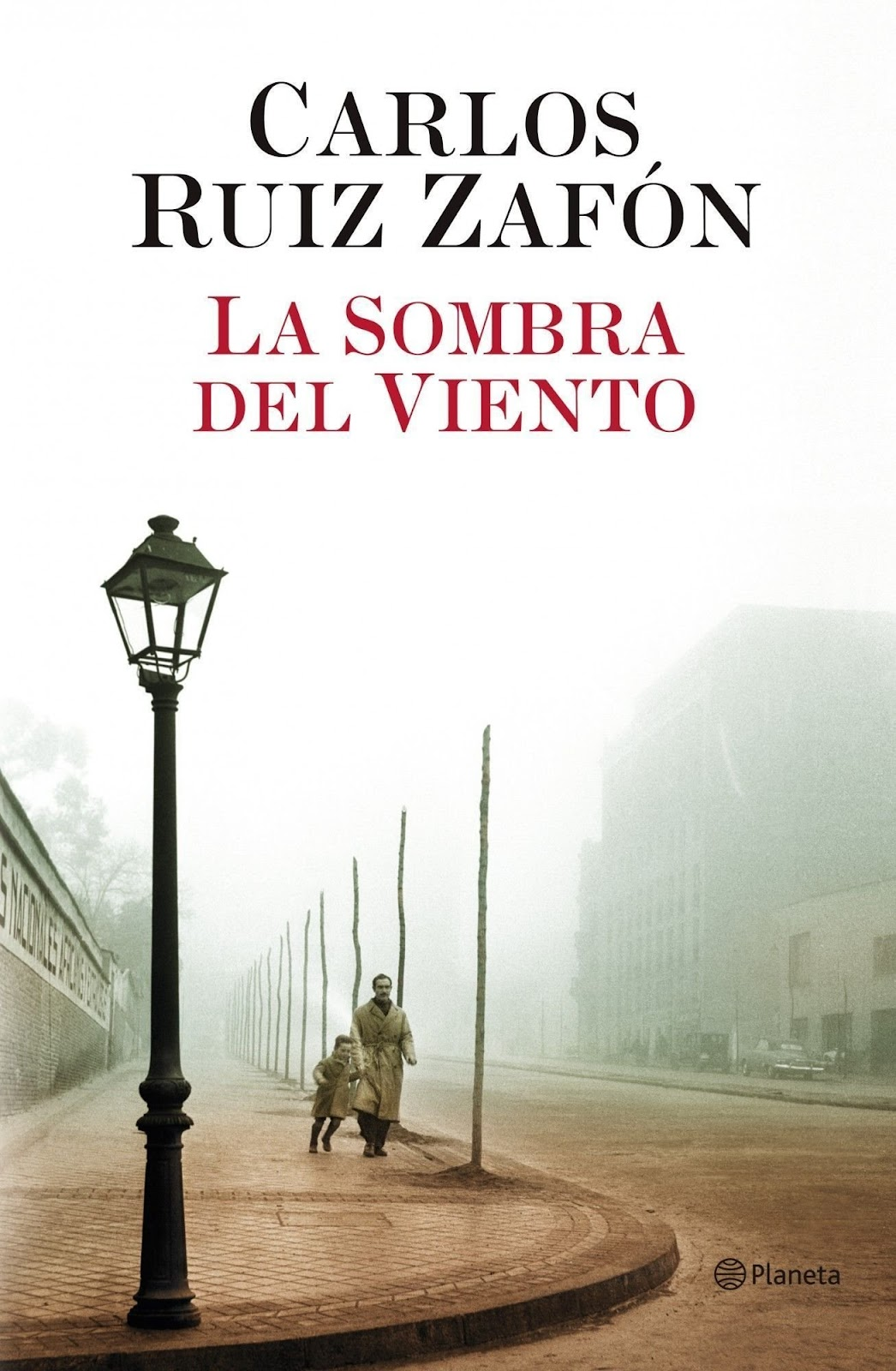 Image of the front cover of the novel La Sombra Del Viento.