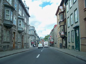 Photo: Street Scene in Quebec City