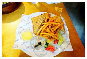 Campus Cafe -站前旗艦店