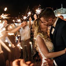 Wedding photographer Anya Piorunskaya (Annyrka). Photo of 19.08.2018