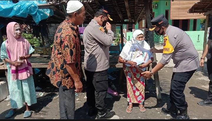 Masyarakat Tanjung Tiram Berterimakasi kepada Kapolda Sumatra Utara Atas Bantuan Jum at Berkahnya