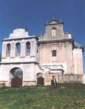 Photo: Kościół, fot. Zygmunt Rutka. Na zdjęciu Jadwiga Rutka, w maju 2002.