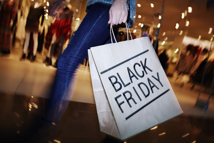 Wear your masks, keep your distance and sanitise, Mkhize says as shoppers hit Black Friday queues