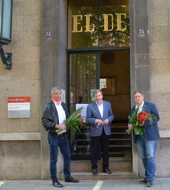Blumen für EL DE.