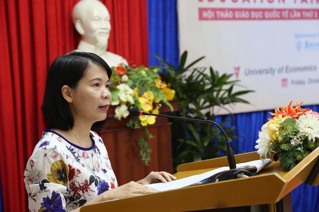 http://due.udn.vn/Portals/0/Editor/TruyenThong_DUE/Nam%202017/Edufair%202017/IMG_3913.JPG