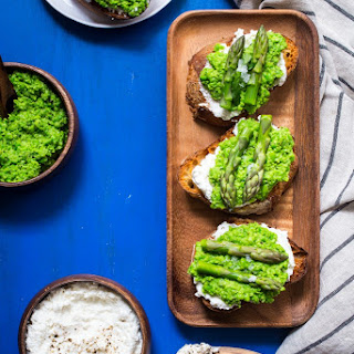 Spring Pea and Asparagus Crostini