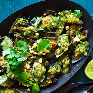 Green Thai curry mussels with cashew and panko crumb.