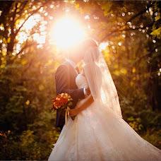 Wedding photographer Aleksandr Sergeevich (whiteRoom). Photo of 22.12.2014