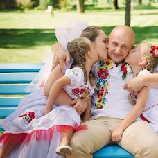 Wedding photographer Tatyana Kovaleva (TatyanaK). Photo of 24.09.2014