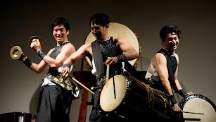Los hermanos Kanazashi ofrecieron un avance de 'Ha Ya To' ayer en el Apolo.