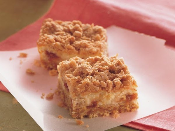 Rhubarb Cheesecake Bars Recipe