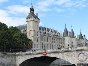 Photo: The Conciergerie and the Court of Cassation
