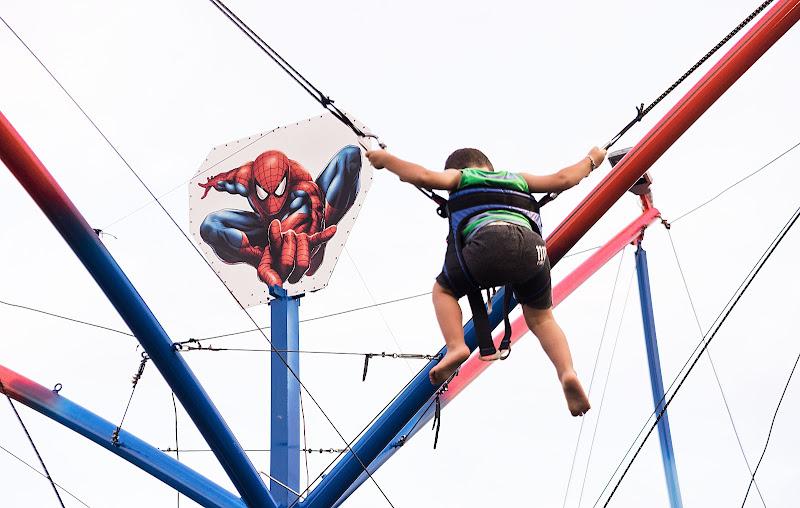 gobblin vs spiderman di Rino Lio