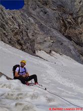 Photo: Lor_DSC00141 Riccardo riposa sotto il Passo della Miniera
