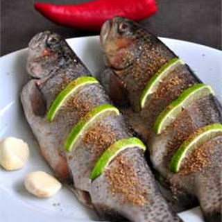 Baked Brown Trout with Leeks and Apples
