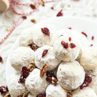 Snowball Cookies with Cranberries