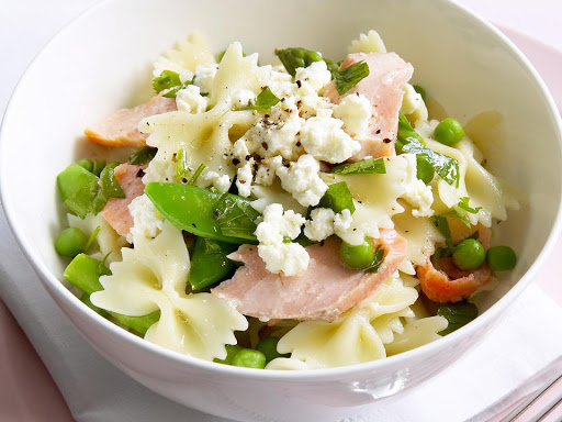 Creamy smoked trout pasta recipe