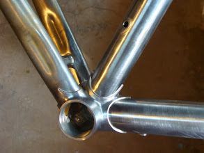 Photo: XL diameter BB with 35mm down tube and 31.8mm seat tube that tapers to 28.6mm at the top.