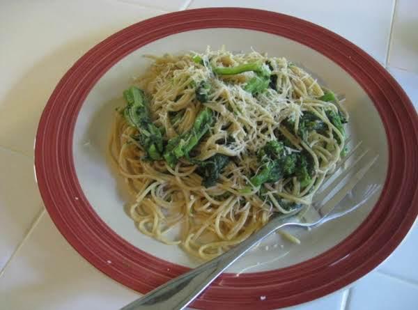 Whole Wheat Spaghetti With Brocoli Rapini Recipe