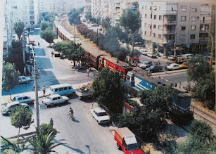 Photo: Demiryolunun Girne Bulvarı'nı kestiği yıllar...