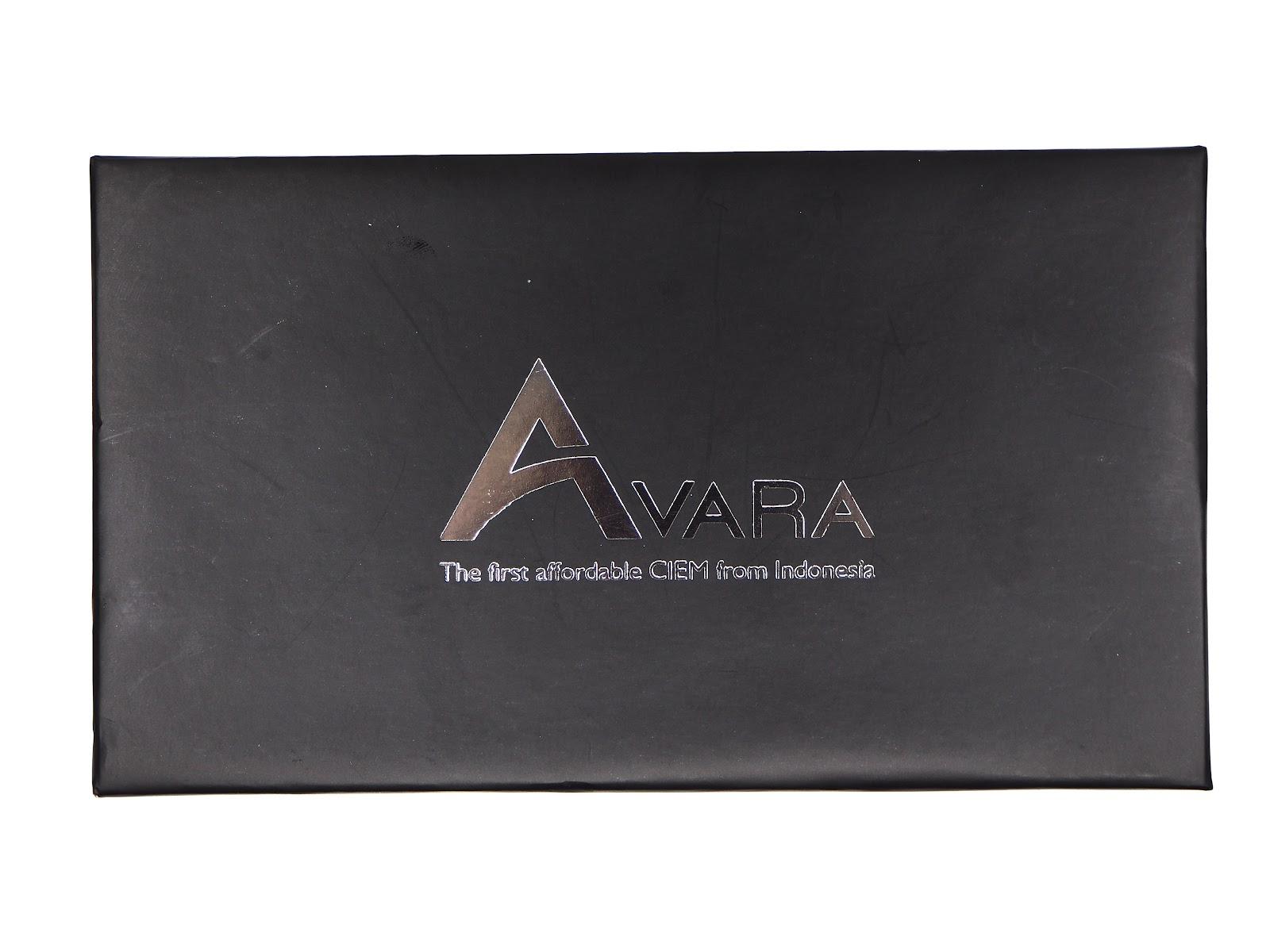 The box for Avara AV3