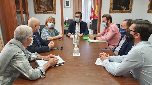 Unidos a favor de una Almería cada vez más sana