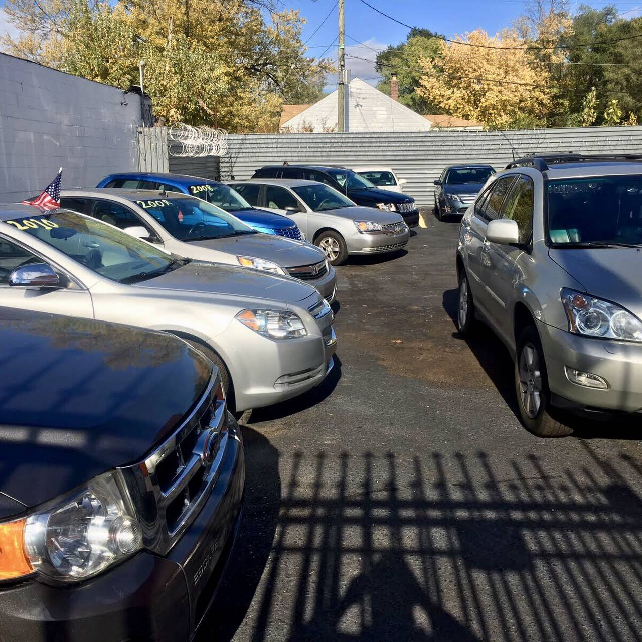 CROWN AUTO SALE, REPAIR /BODYSHOP
