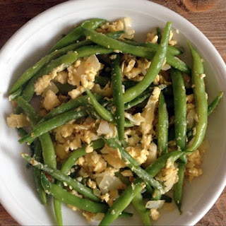 Scrambled Eggs with Green Beans
