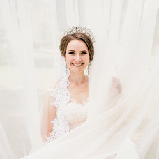 Wedding photographer Yana Petrus (petrusphoto). Photo of 25.01.2018