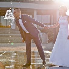 Wedding photographer Łukasz Szarlej (wdniuslubu). Photo of 08.12.2015