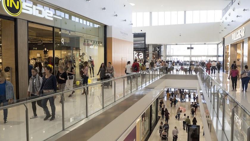 El centro comercial Torrecárdenas abrió sus puertas en octubre de 2018 como uno de los centros comerciales más grandes de Andalucía.