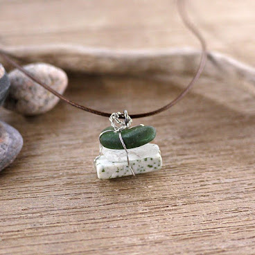 #upcycling #stone #seaglass #necklace #fallingleavesstudio #reuse #recycle #savetheearth #loveandpeace #lovely #love