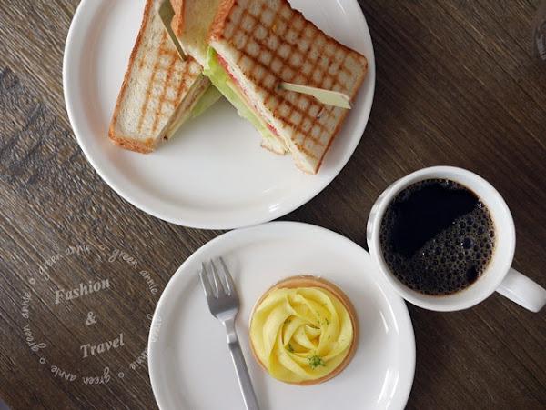 Piccolo Angolo 角落咖啡館