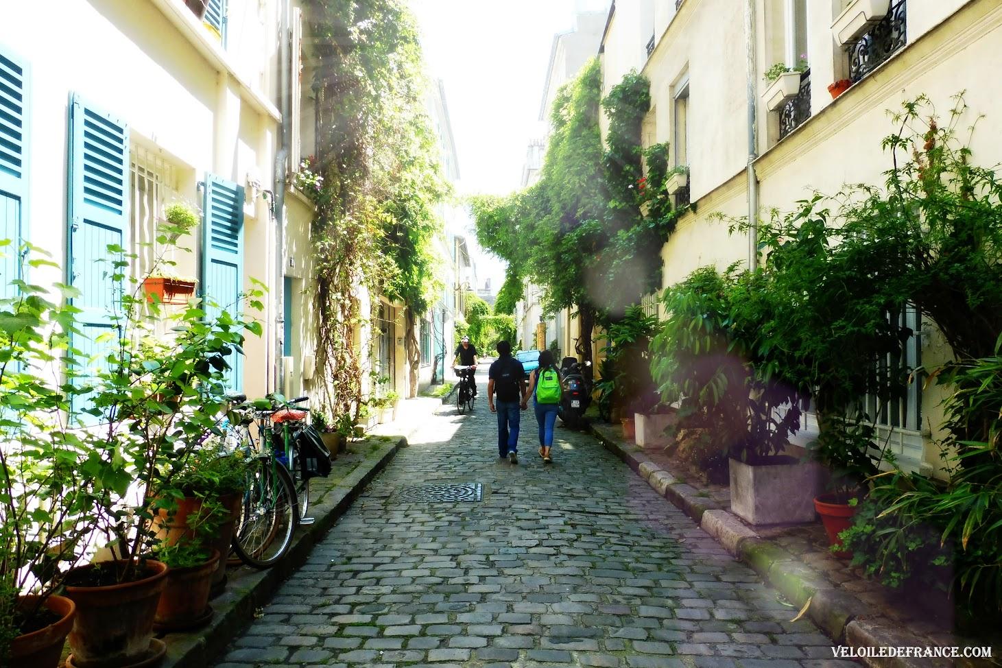 Rue des Thermopyles  - Circuit à vélo entre Paris et Sceaux, le vallon des poètes par veloiledefrance.com