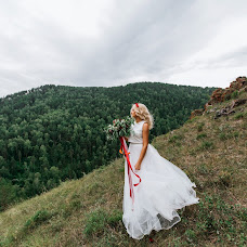 Wedding photographer Irina Podsumkina (SunrayS). Photo of 18.07.2017
